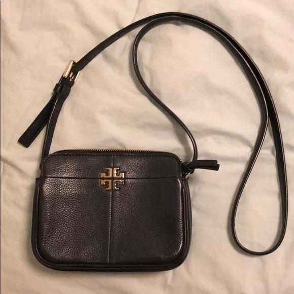 3b110d90f85 Tory Burch Ivy Micro Black Leather Crossbody Purse.  M 5ad83501a6e3ea52b1820968